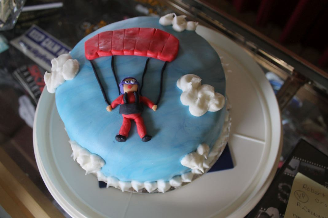 Birthday skydive cake with parachute guy